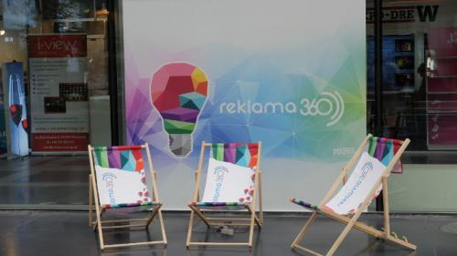 Advertisement deckchair
